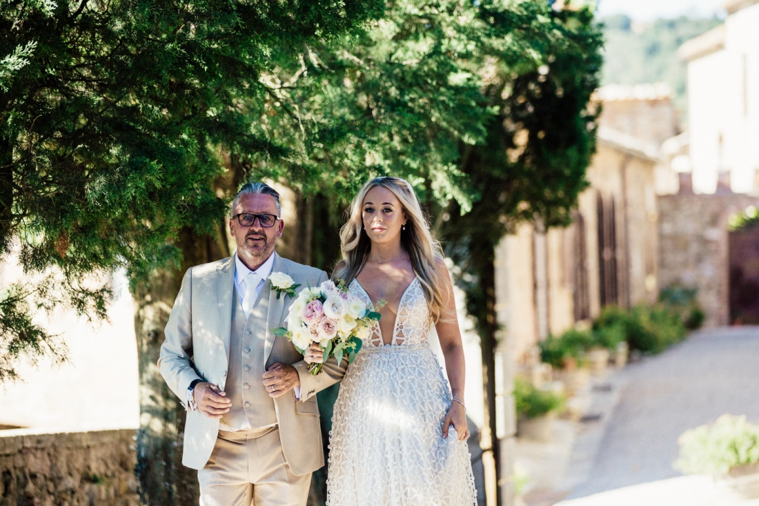 Tuscany wedding photography Castello Di Modanella 42 of 101